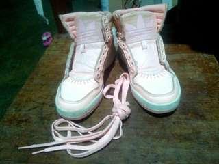 Adidas Hicut Shoes