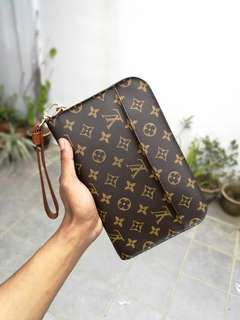 💯 Authentic Louis Vuitton Orsay Monogram Clutch