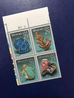 只限一張 美國方連郵票 礦石