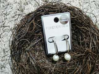 Pearl big hoops earring from Forever New