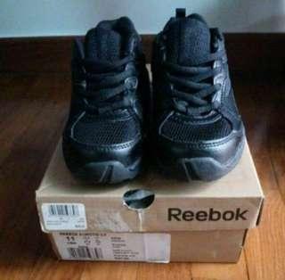 BNIB Reebok Kids black running shoes sports shoes