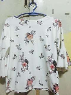 PRELOVED Semi Casual Blouse Floral