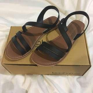 Boohoo Sandals Sz 37