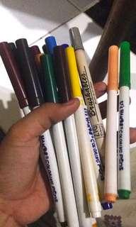 Assorted Coloring Pens (16 pcs)