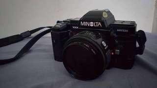 Vintage Film Camera (Minolta Maxxum 7000 / SLR-AF)