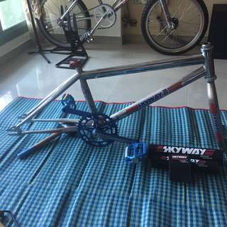 Skyway TA XL Frame Fork + stuff