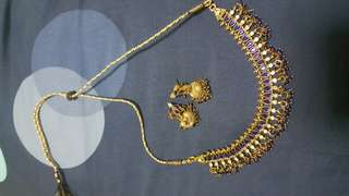 Necklace + Earings ( Blue and white crystal stones)