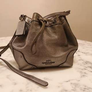 COACH bucket bag metallic grey