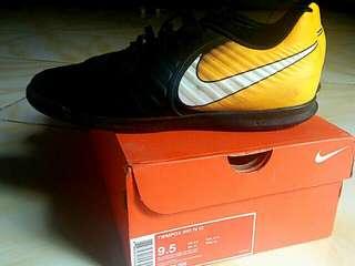 Sepatu Futsal Nike Tiempo Rio