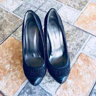 Gibi: Black Pumps