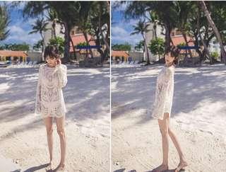 Lace long sleeves beach dress