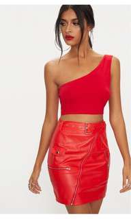 Pretty Little Thing - Basic red jersey one shoulder crop top