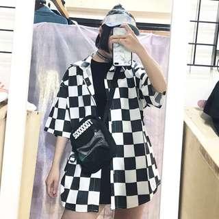 🚚 棋盤格中性短袖襯衫/鐳射造型中性遮陽帽/英文配網造型中性側背包