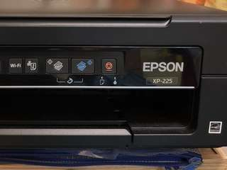 99.9% new Epson 3 in 1  wifi printer XP-225 三合一打印機