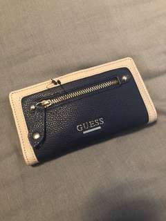GUESS WALLET BRANDNEW