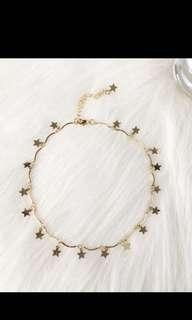 Rose gold star shaped choker!!