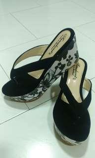 Black Thick Bottom Platform Shoes