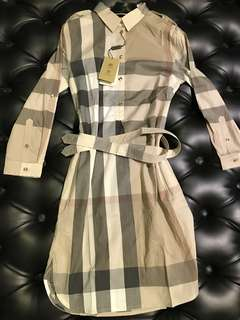 🆕👱♀️Authentic BURBERRY Ladies Dress, New Arrival