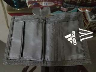 adidas 輕便運動銀包