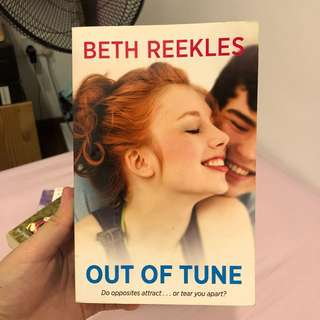 🚚 Out of Tune by Beth Reekles