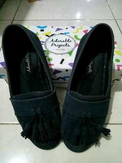Sepatu Adorableproject