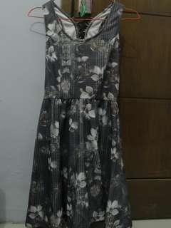 Dress Floral Grey