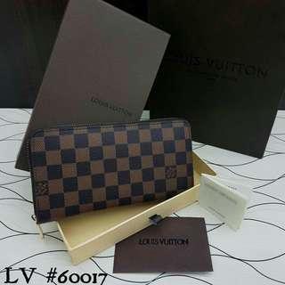LV Wallet Damier