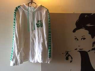 Nike Hooded Sweater #rayaletgo