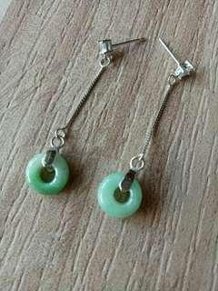 🚚 天然翡翠陽綠耳環