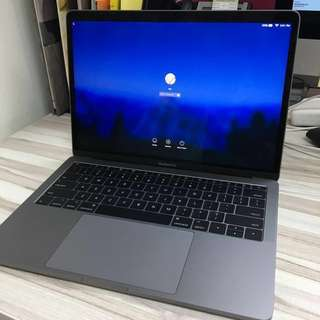 Like brand new condition - 13-inch MacBook Pro - 2018