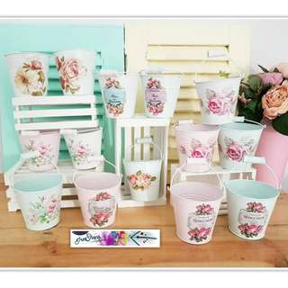 Vas bunga vase flower flowery stuff pot hias unik pajangan