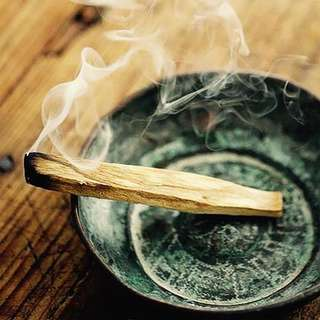 Palo Santo sticks for Smudging crystals Fragrance Cleansing Fair-trade
