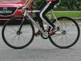 Wheelset for rear wheel