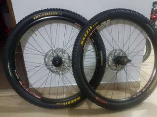 26er hope hoops hubs + dt swiss rim