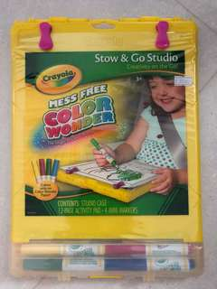 Crayola mess free color wonder- stow & Go studio