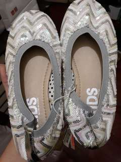 Authentic BNEW COTTON ON SEQUINED BALLET FLATS (US Sz 1 Kids)