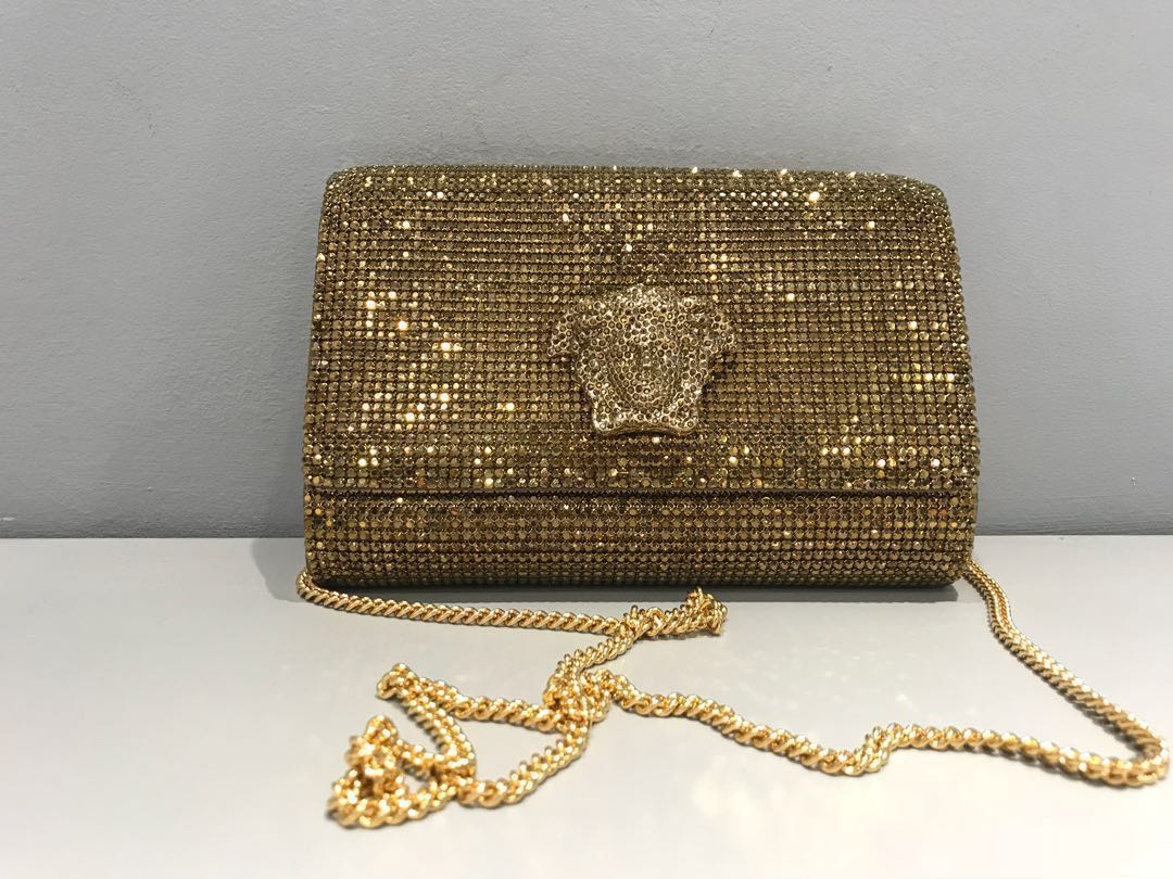 ( ORIGINAL )Versace Palazzo clutch with Medusa and Swarovski Crystals (  GOLD ), Luxury, Bags   Wallets on Carousell d002bc82ff