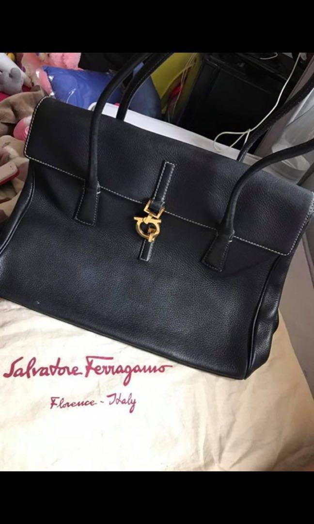 Authentic Salvatore Ferragamo Leather Bag 6b8bb436f27e7