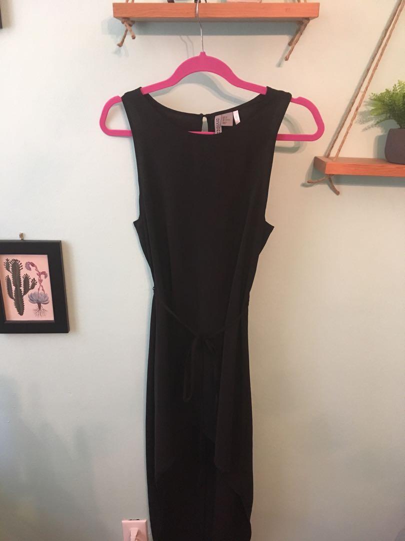 Black Mullet Maxi Dress