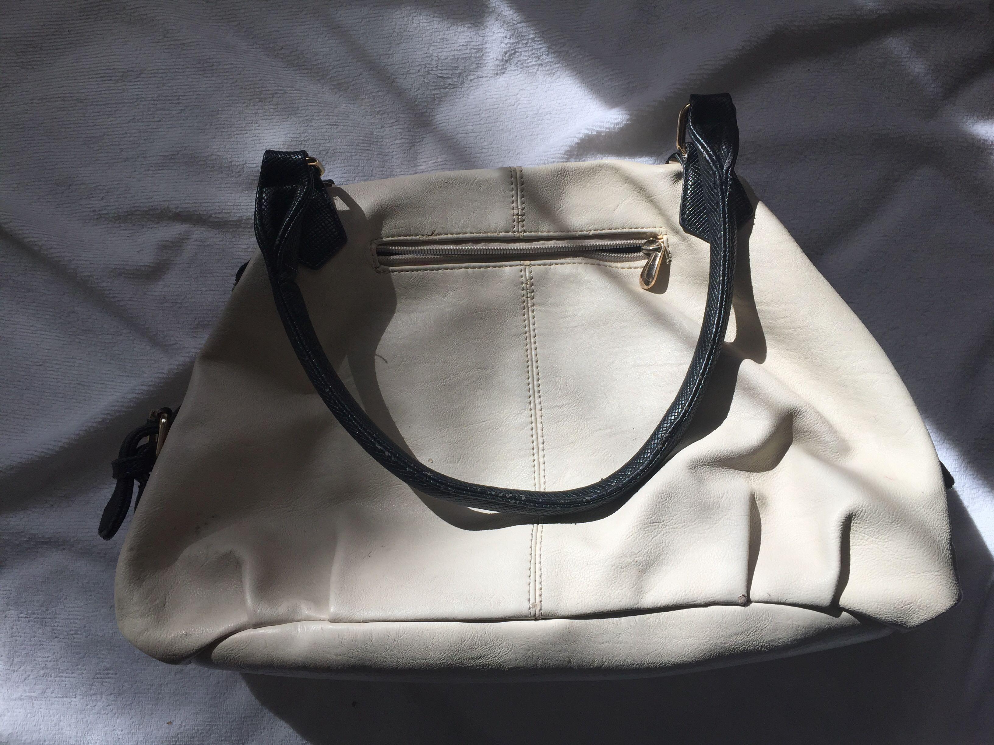 Colette cream hand bag
