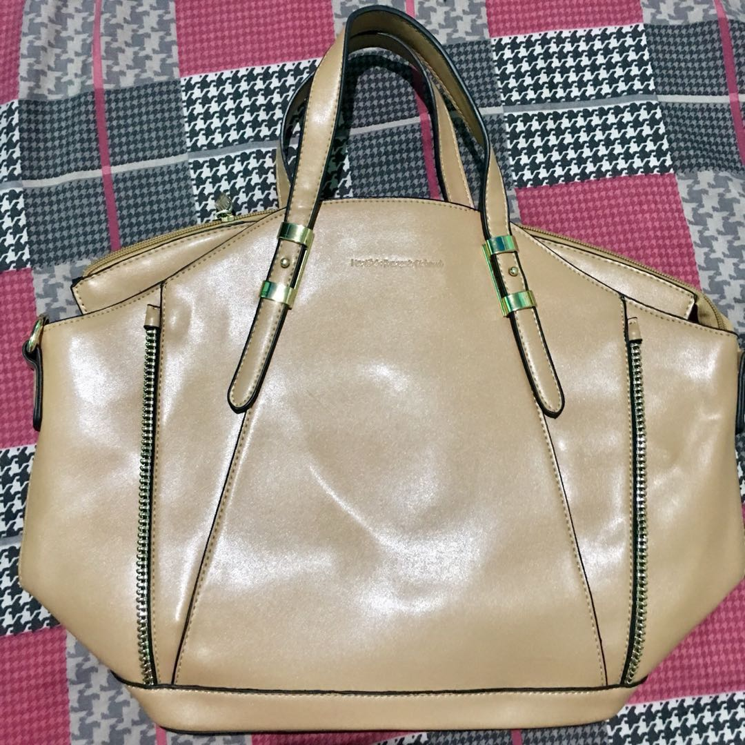 a9419cef37ed ... timeless design 706cd 98f6a Home · Preloved Womens Fashion · Bags  Wallets. photo photo photo ...