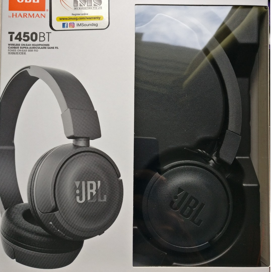 ad52168a315 JBL 450BT Wireless headphones and Logitech mouse, Electronics, Others on  Carousell