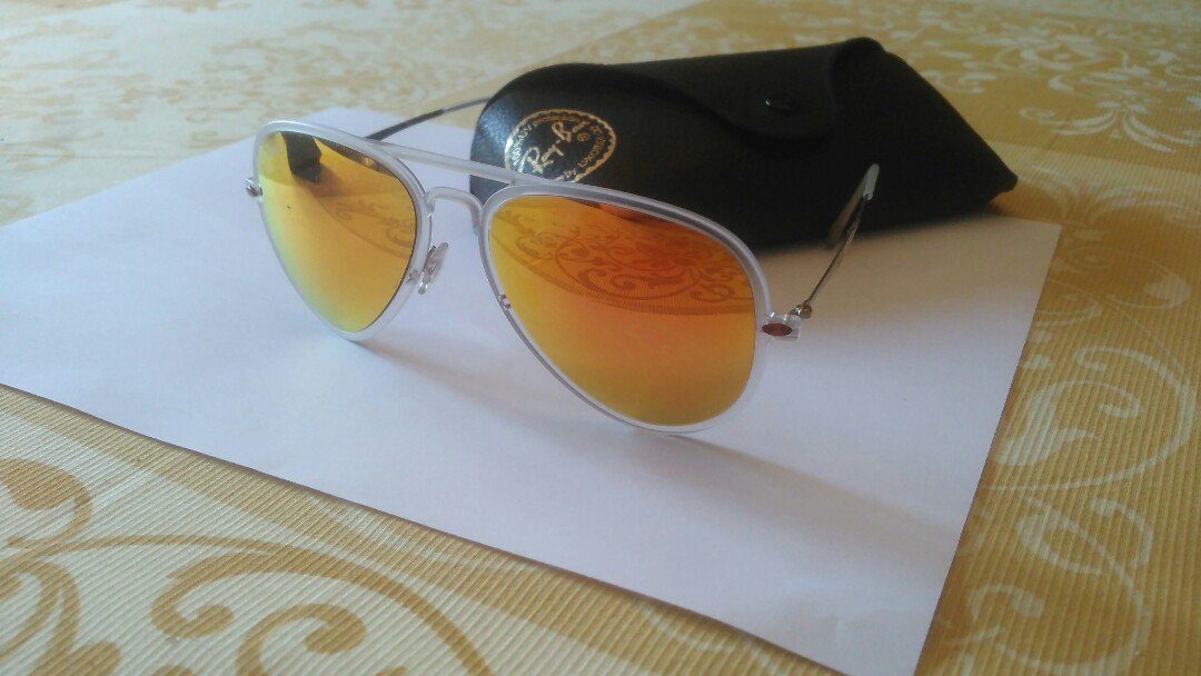 Lightray RB 4211 Ray Ban sunglasses red aviators