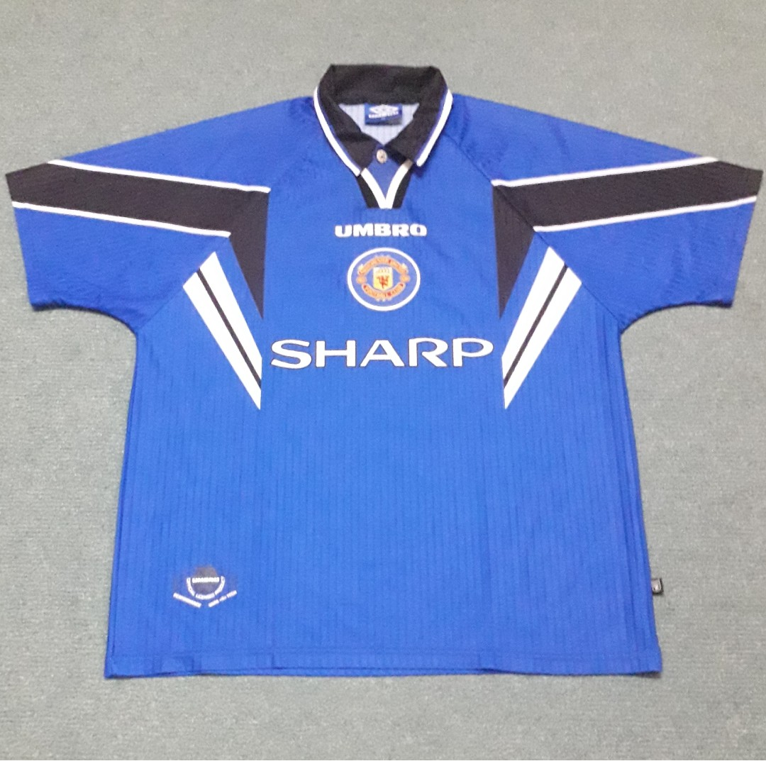 2a57b9d1a Manchester United 1996-97 3rd Jersey XL, Sports, Athletic & Sports ...