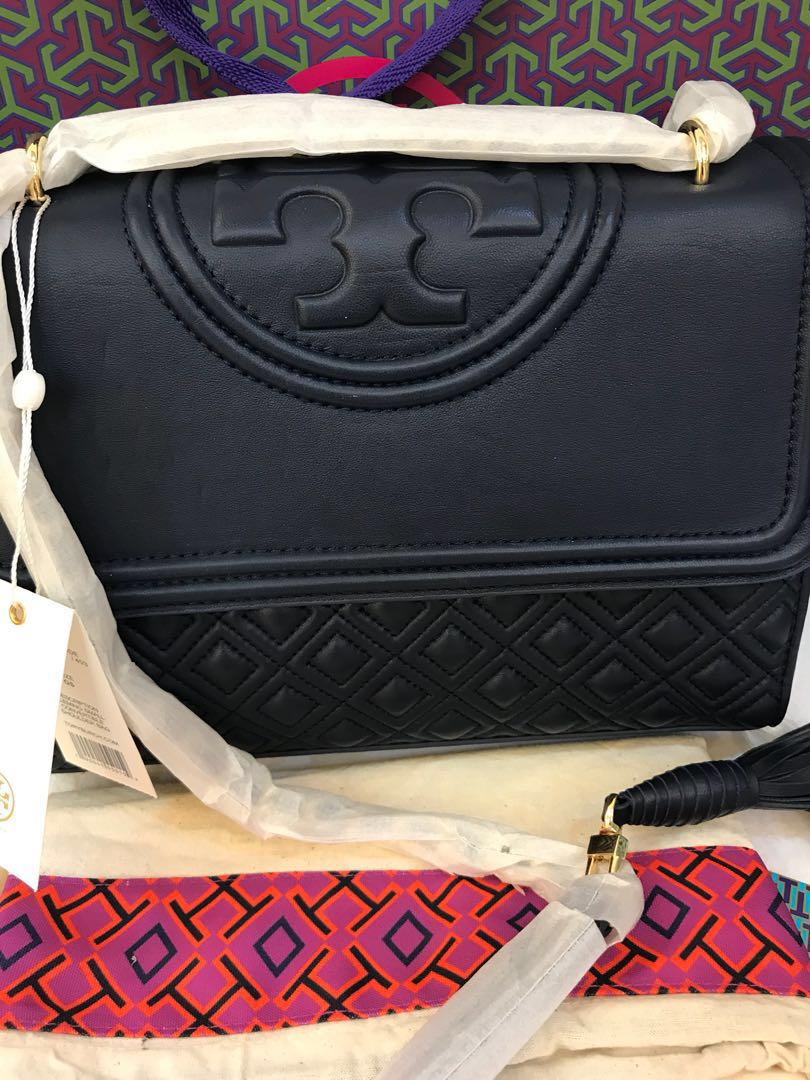 ff0113b421f 👑ON SALE! 💯% Authentic Tory Burch Fleming Royal Navy Leather ...