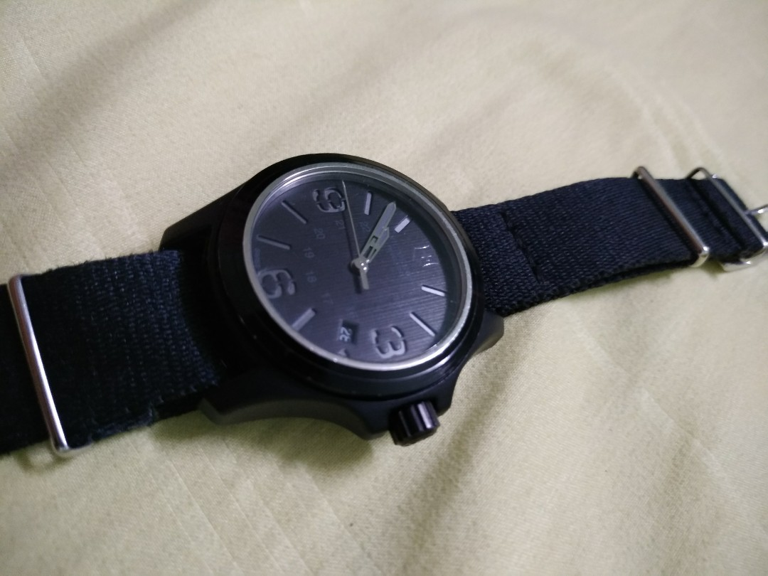 RM 758!! Victorinox Swiss Army 241514 Active Original watch eedebc12fe