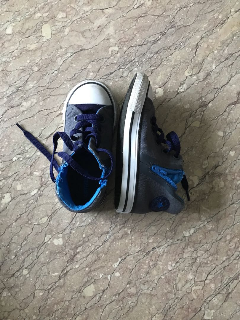Shoes : Converse All Star boys