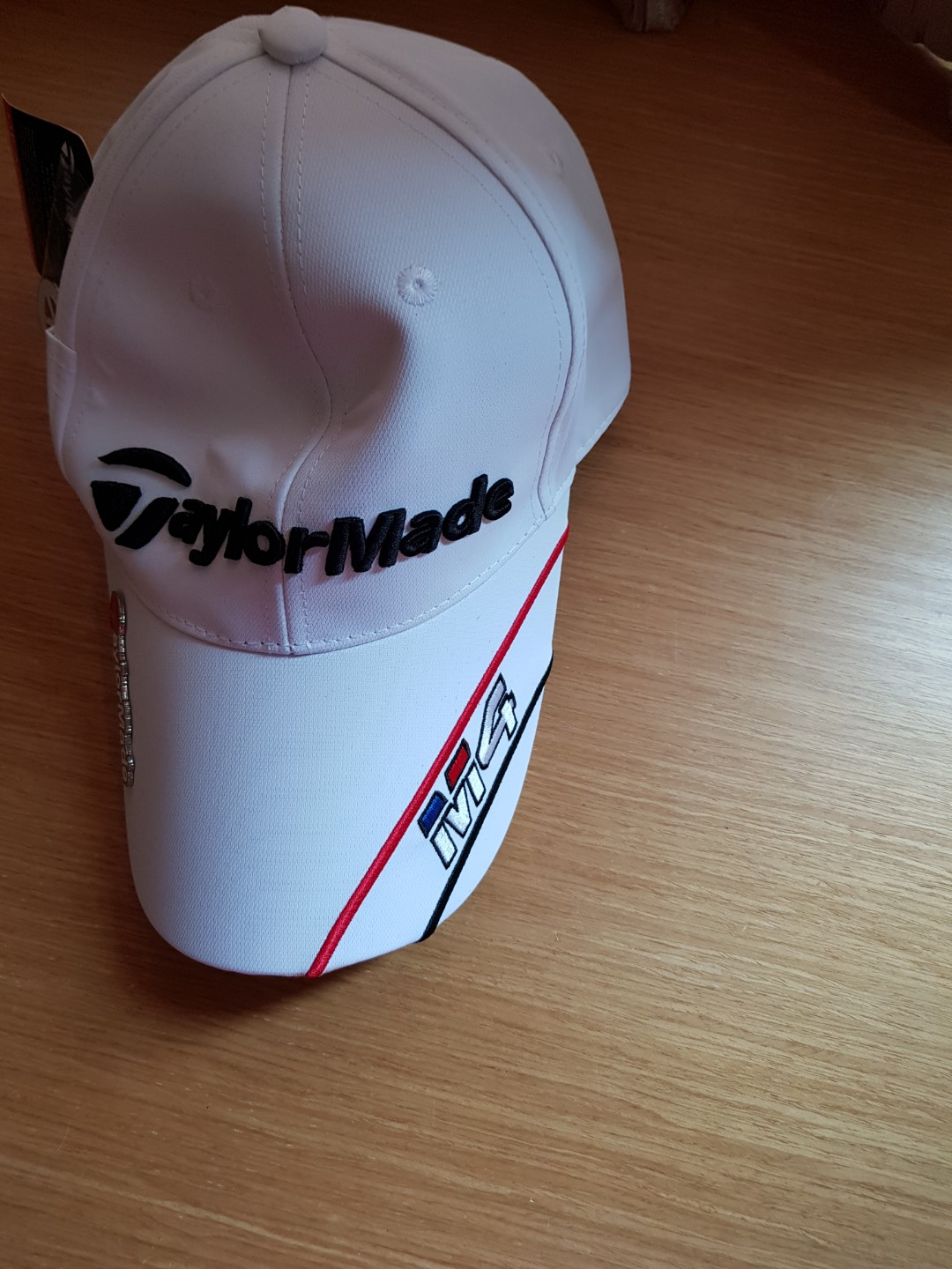 Original Taylormade M4 Golf cap hat with magnetic ball marker ... 30f57c78fcf