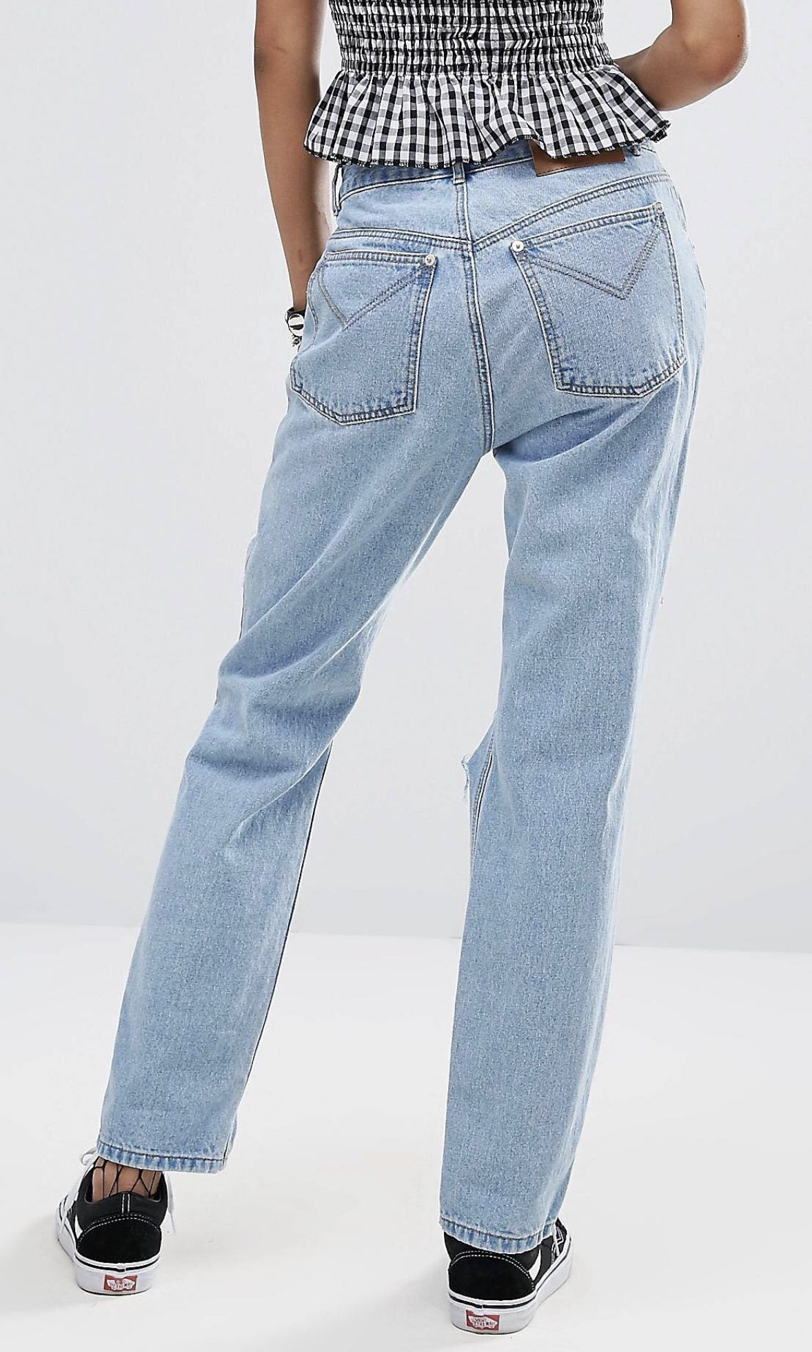 Tear drop ripped jeans size S