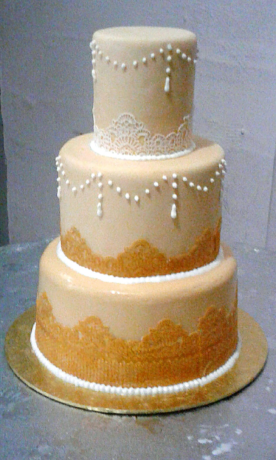 nice wedding cakes singapore wedding cake bulletin board preorders on carousell 17844